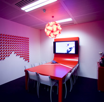 Red. Meeting Room. A Design&Installations project by Marcos Aretio (Markmus) - Mar 18 2010 01:49 PM
