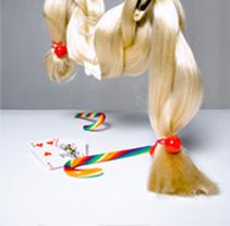 Revista  ELLE  girl  ( HOLANDA ). Serie de fotografias basadas en cuentos clásicos. Un proyecto de Fotografía de Nosvisual  - 03-11-2011
