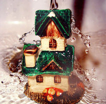 the house shining in the water. A Photograph project by Diseñadora Gráfica publicitaria         - 23.04.2012
