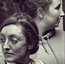 Cortometraje La Extraña. Un proyecto de Fotografía, Cine, vídeo y televisión de Paula López Veiga - 07-11-2012
