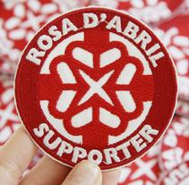 ROSA D'ABRIL SCOOTER CREW. Un proyecto de Diseño, Ilustración y Publicidad de Adalaisa  Soy - Viernes, 23 de septiembre de 2011 00:00:00 +0200