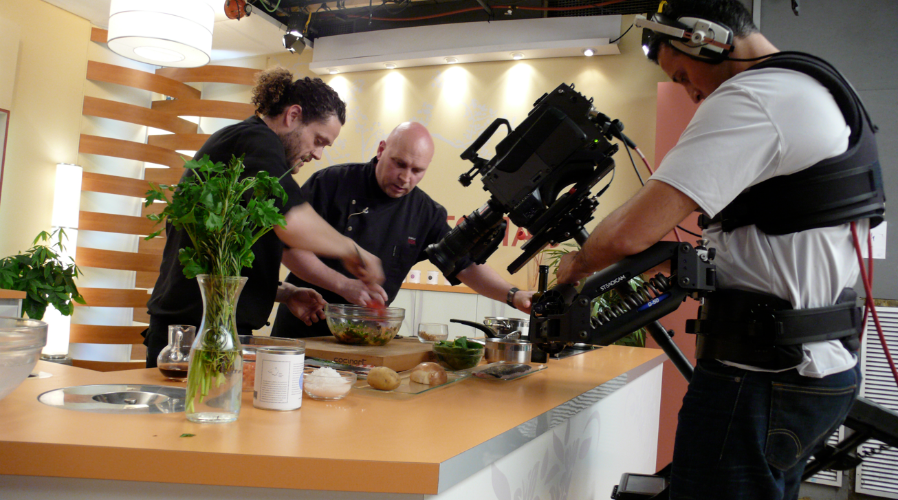 Programa de cocina en televisi n domestika for Programa para planificar cocinas