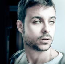 Selfportrait. Um projeto de Ilustração, Fotografia e Direção de arte de Carlos Parra Ruiz - 07-04-2014