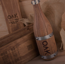 OAK wine | Packaging. A Design, Br, ing, Identit, Industrial Design, Packaging, Product Design, and Sculpture project by Sergio Daniel García         - 28.06.2014