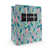 Estampado para marca de textiles + Demo bolsa. A Graphic Design project by Nur_xxx - Jul 17 2014 12:00 AM
