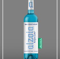 Alzola Basque Water logotipo+packaging. Un proyecto de Dirección de arte, Packaging y Diseño de producto de Ion  Benitez - 15-08-2014