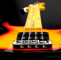 Electric bass guitar // Bajo eléctrico. A Motion Graphics, 3D, and Product Design project by Fran Alburquerque         - 24.07.2013