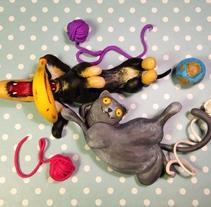 Dos Momos y dos Bananas. Um projeto de Design de personagens, Artes plásticas e Escultura de Cristina DM Marín - 07-03-2015