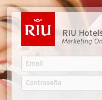 RIU Hotels & Resorts · Aplicación Web para la gestión de Marca y contenidos de Marketing.. Un proyecto de Desarrollo Web, Diseño Web y UI / UX de Nacho Jacobo  - Sábado, 30 de mayo de 2015 00:00:00 +0200