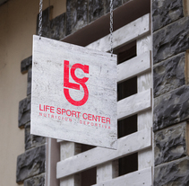 Imagen corporativa · Life Sport Center (trabajo para clase). A Design, Br, ing, Identit, and Graphic Design project by Jorge Salazar         - 14.02.2015