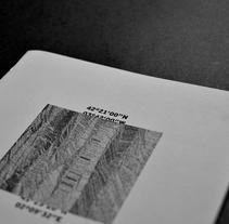 ME. Um projeto de Design, Fotografia, Direção de arte, Design editorial, Design gráfico, Packaging e Tipografia de Victor Alonso Laguna         - 08.06.2015
