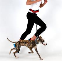 Correa para correr con el perro. Design Magazine BY Hector Serrano. A Product Design project by Joaquin  Lamarca Oliveira         - 12.07.2015