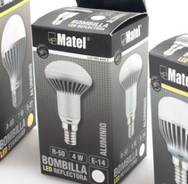 PACKAGING BOMBILLAS LED. A Graphic Design, and Packaging project by David Tarazaga - 12-02-2015