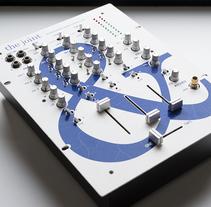 The Joint - Rediseño interfaz mesa de mezclas. Un proyecto de Diseño gráfico, Diseño interactivo y Diseño de producto de David González - 19-05-2014
