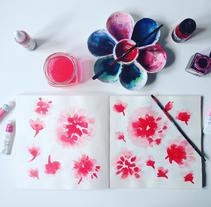 Diseño de patrones para pañuelos de seda. Un proyecto de Diseño, Diseño de complementos, Diseño de producto, Moda y Pintura de Mónica Muñoz Hernández - Viernes, 11 de marzo de 2016 00:00:00 +0100