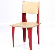 Rita Chairwood. Un proyecto de Diseño de muebles y Diseño industrial de Stone Designs  - 09-12-2006