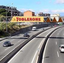 Propuesta Campaña Publicitaria Toblerone. Un proyecto de Marketing de Luis Miguel Cortés Carballo - Lunes, 01 de agosto de 2016 00:00:00 +0200