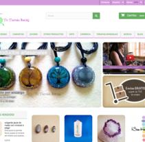 Tienda online Reiki. A Motion Graphics, Photograph, Web Design, Web Development, and Video project by Chelo Fernández Díaz - 04-08-2016