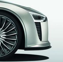 Audi E-TRON / ADC Competition. Un proyecto de Publicidad, Dirección de arte, Diseño gráfico, Cop y writing de Viktor Kolodiazhnyi - 11-09-2016