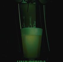 Joker Sidra Artesanal Tirada. Um projeto de Publicidade, 3D, Design gráfico, Design de produtos e Web design de pablitolorenzatti         - 22.12.2016