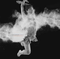 Mi Proyecto del curso: Fotografía de estudio: la Iluminación como recurso creativo. A Photograph project by Edgard Borge Briones         - 24.09.2017