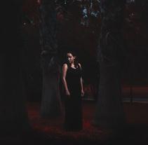 Mi Proyecto del curso: La luz fantasma: técnica de iluminación y tratamiento del color. A Photograph project by Lola Salinas         - 24.09.2017