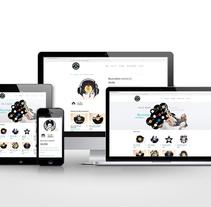 Tienda online, Reciclando Sonidos. Un proyecto de Arquitectura de la información, Diseño Web y Retoque digital de Daniela Nettle - 03-04-2016